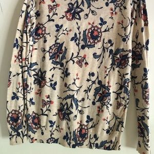 Old Navy Sweaters - Old Navy floral lightweight sweater
